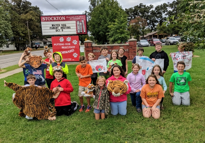 Mrs. Tucker's and Mrs. Bayes' 4th graders say Good Luck Tiger Teams and band as you compete, celebrate your seniors, and enjoy your Homecoming activities this week!