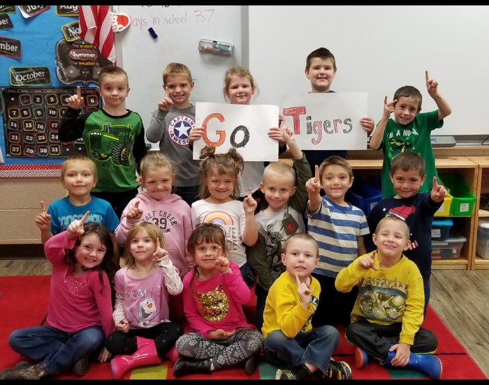 Mrs. Williams's kindergarten says Happy  Homecoming Week and Good Luck to our high school Tiger Teams!