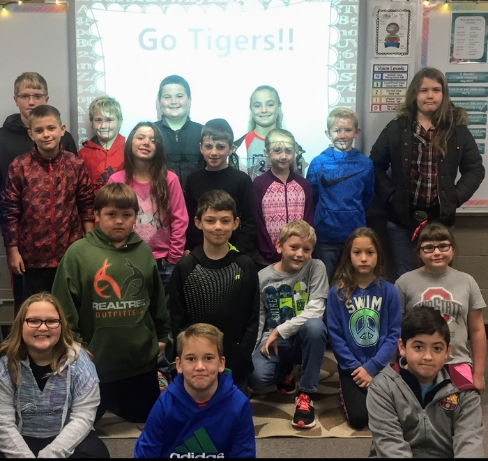 Miss Norman's 4th Graders say Go Tigers & Happy Homecoming Week!