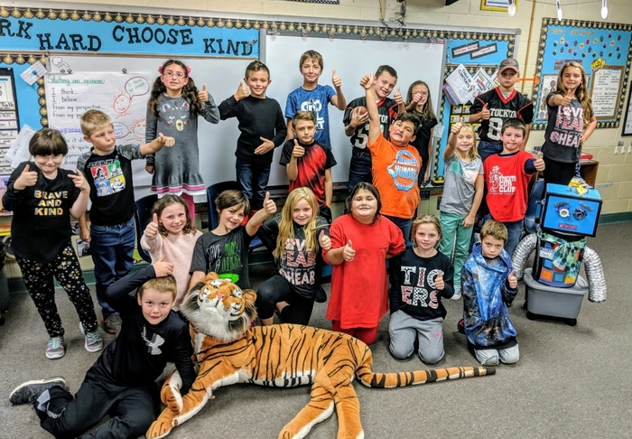 Mrs. Price's 3rd graders say Good Luck Tigers for tonight's Homecoming football game!